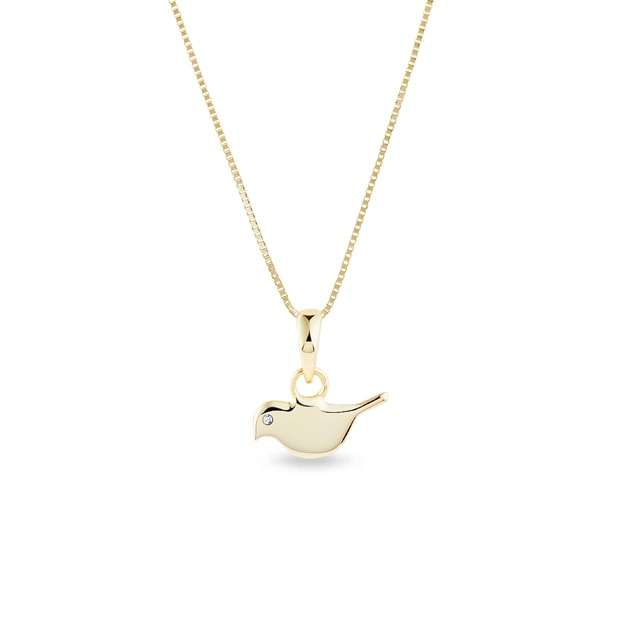 Bird pendant diamond necklace in yellow gold