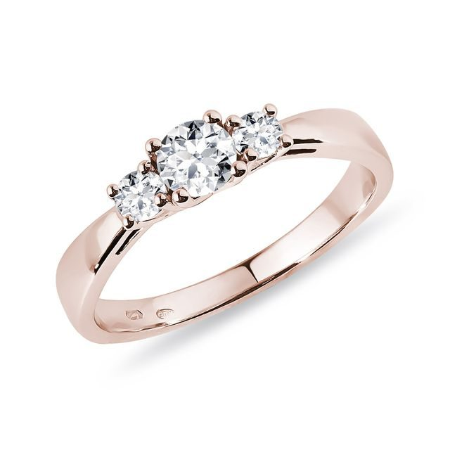 Diamond engagement ring of rose gold