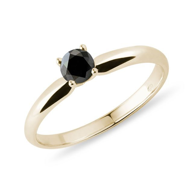 Ring 14K yellow gold with black diamond