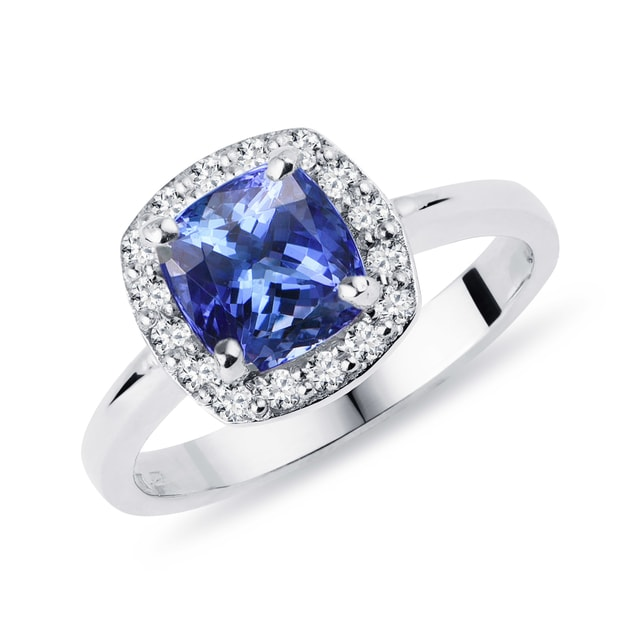 Bague luxueuse en or avec tanzanite et diamants