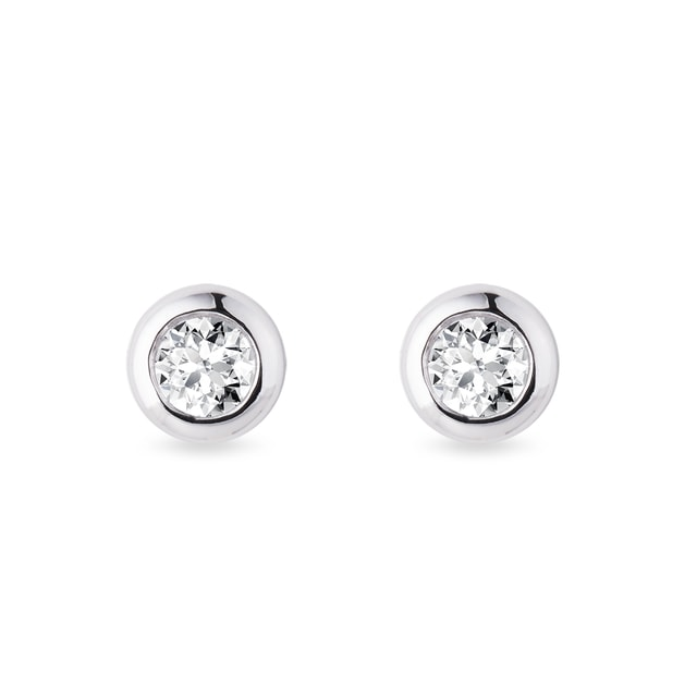 3.5mm bezel earrings in white gold