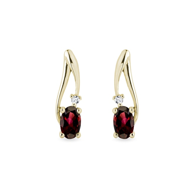 Garnet and diamond earrings in 14kt gold