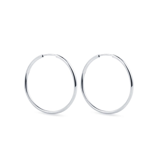 Hoop earrings in white gold