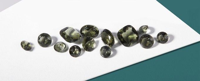 Natural cut moldavites - KLENOTA