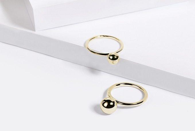 Złote pierścionki z kulką - KLENOTA