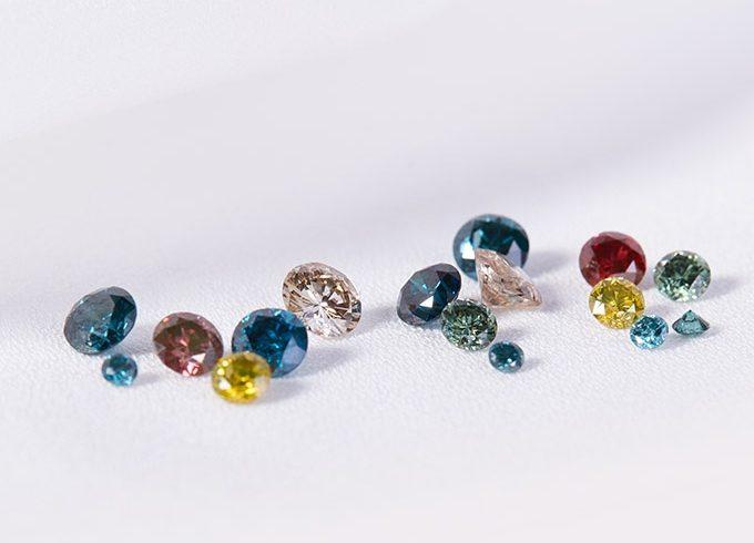 Barevné diamanty - KLENOTA