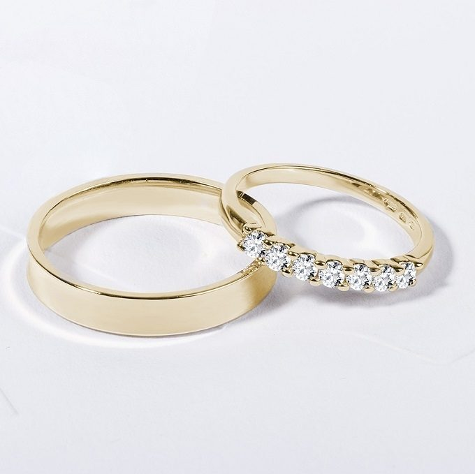 Gold wedding rings with diamonds - KLENOTA