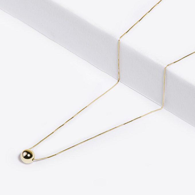 Golden minimalistic chain - KLENOTA