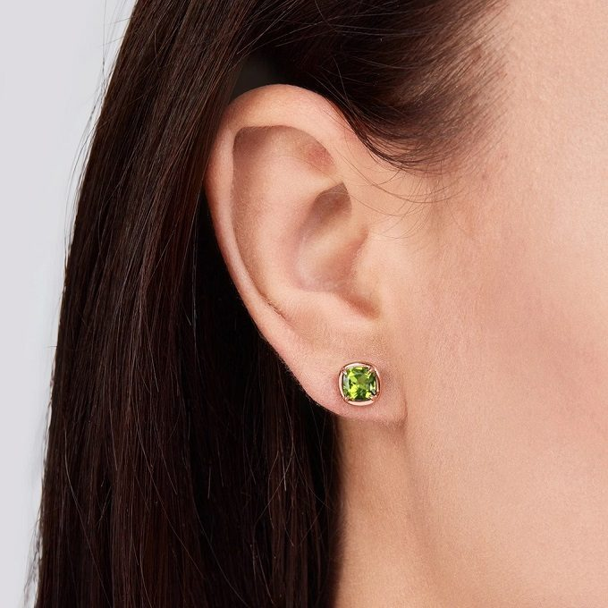 Rose gold earrings with olivine (peridot) - KLENOTA