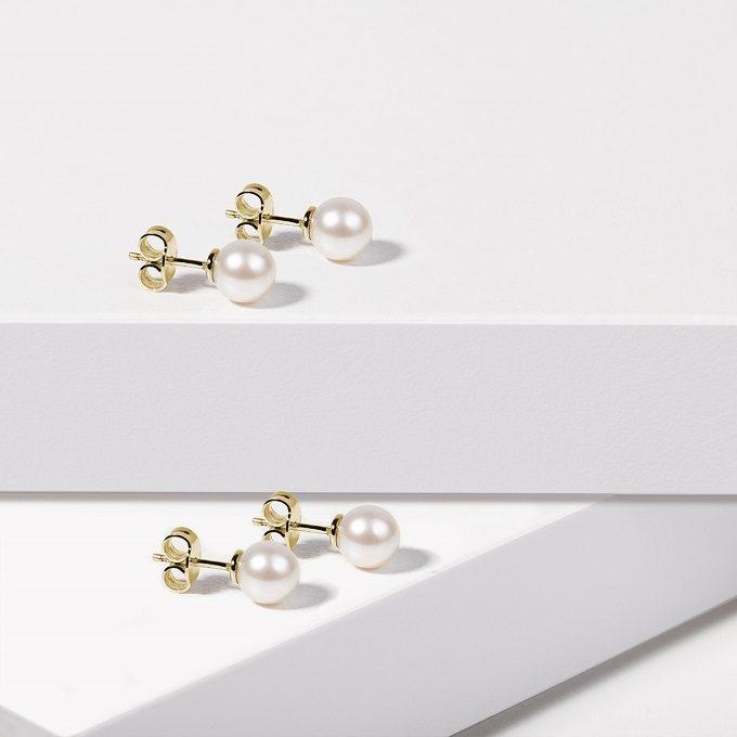 Boucles d'oreilles en or jaune avec perles d'eau douce - KLENOTA