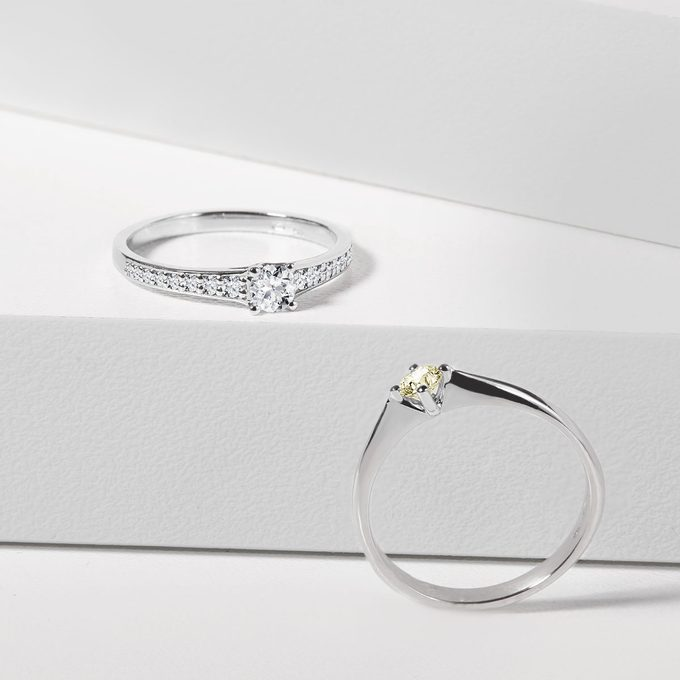 Engagement rings in white gold with diamonds - KLENOTA