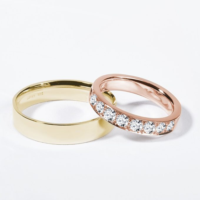 classic smooth wedding rings with yellow and rose gold diamonds - KLENOTA