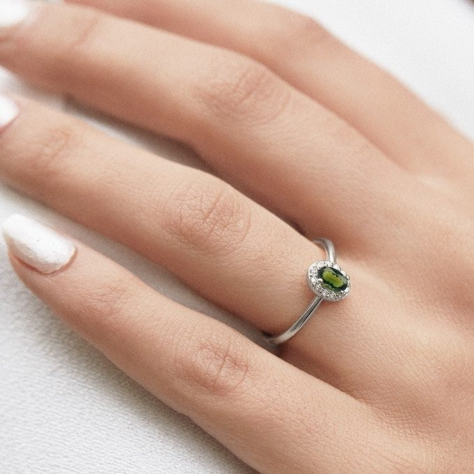 White gold ring with moldavite and diamonds - KLENOTA