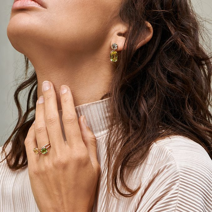 gold rings with gemstones - KLENOTA