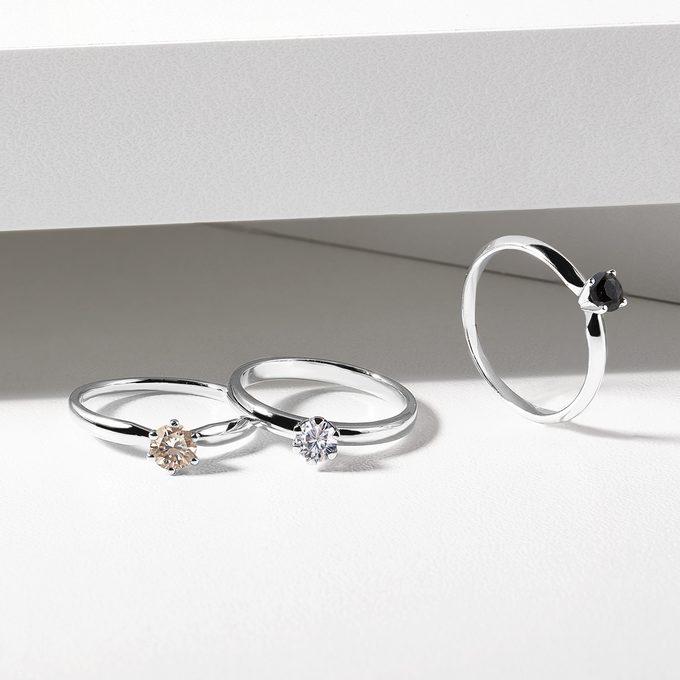 zásnubní prsteny s barevnými diamanty - KLENOTA