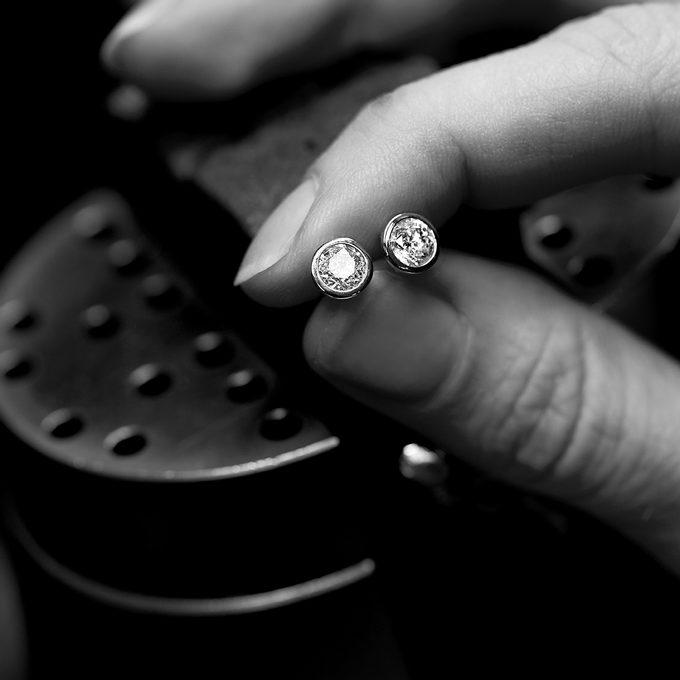 diamantové náušnice pecky - KLENOTA