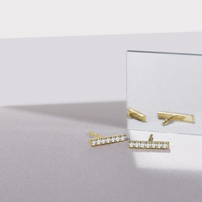 Golden earrings with diamonds, Rain collection - KLENOTA