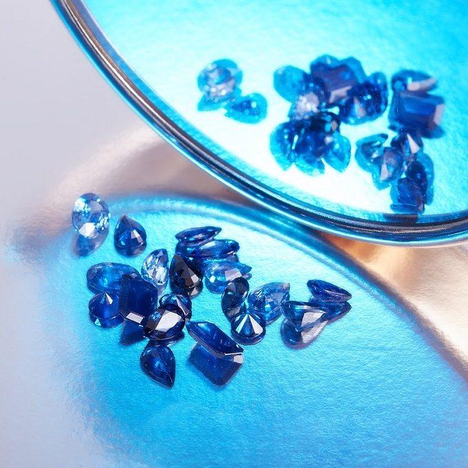 Natürliche Saphire - KLENOTA
