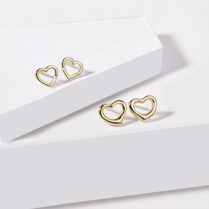 Heart-shaped gold children's earrings - KLENOTA