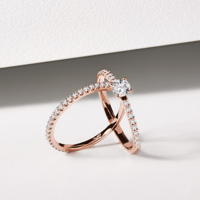 engagement and wedding ring with diamonds rose gold - KLENOTA