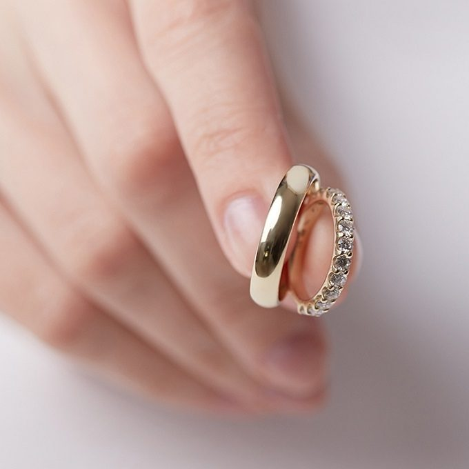 Gold wedding rings, for her with diamonds - KLENOTA