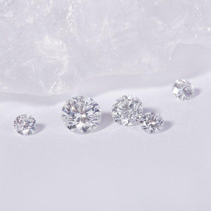 Natural diamonds - KLENOTA