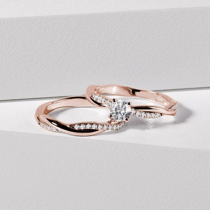 sada zásnubných prsteňov z ružového zlata s diamantmi - KLENOTA