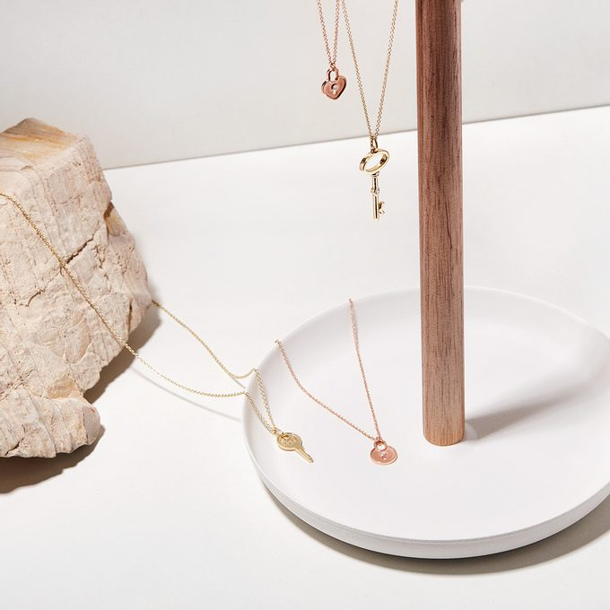 gold necklaces with key and lock - KLENOTA