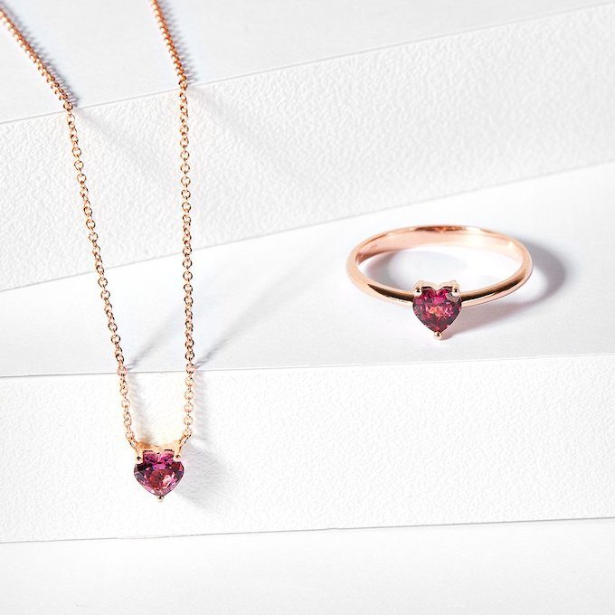 Jewelry with rhodolite rose gold - KLENOTA