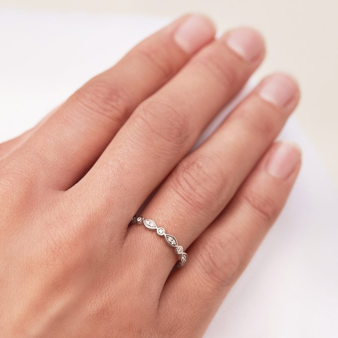 gentle diamond wedding ring - KLENOTA