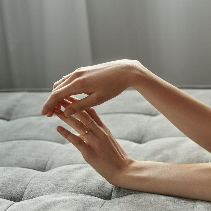 Vrstvení zlatých prstýnků - KLENOTA
