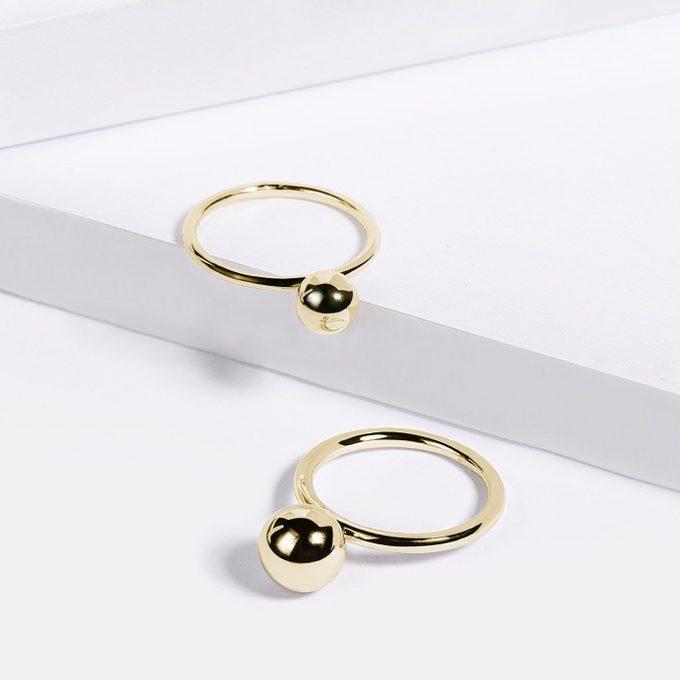 zlaté minimalistické prstýnky s kuličkou - KLENOTA