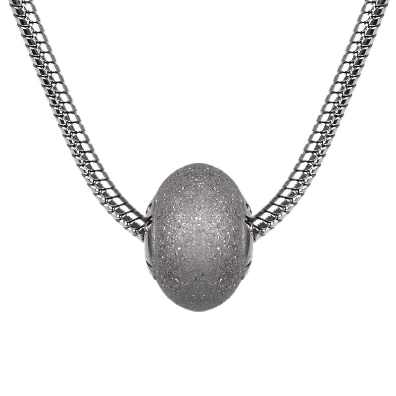 3ee0b0b0c Dámský stříbrný náhrdelník s přívěškem - Vuch
