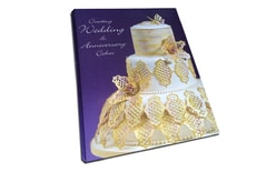 Creating wedding & Anniversary Cakes (book)