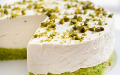 Stabilizer of whipped cream, filling with pistachio flavor 250 g