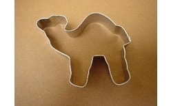 Dough cutter camel