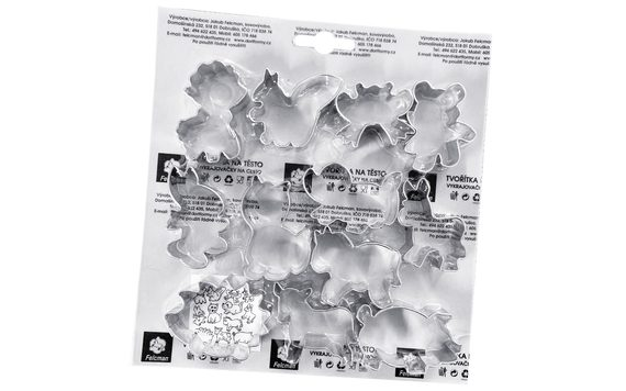 SET OF DOUGH CUTTERS - ANIMALS 12 PC.