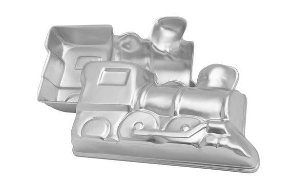 CAKE TIN TRAIN ENGINE 3D