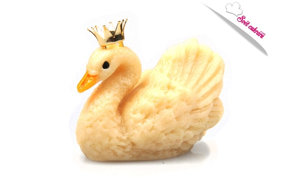 SWAN WITH A CROWN - MARZIPAN CAKE TOPPER