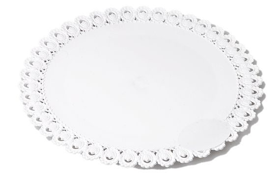 CAKE BOARD 30 CM WITH A LACE RIM