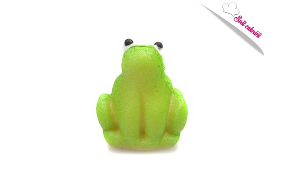 LITTLE FROG - SMALL ANIMALS - MARZIPAN CAKE TOPPER