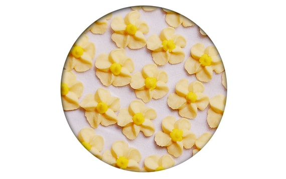 SUGAR DECORATION - PIPED SWIRL FLOWERS 35 PC. YELLOW