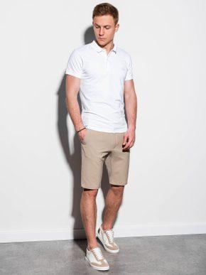 pánsky outfit - biela polokošeľa, béžové krátke nohavice