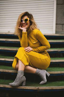žlté dámske pletené maxi šaty