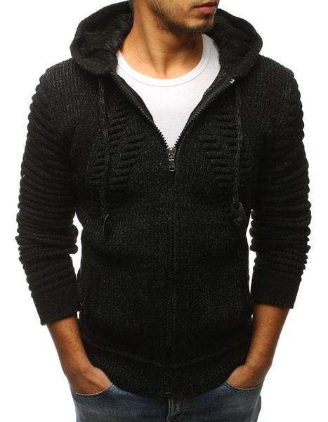 Atraktívny čierny sveter s kapucňou