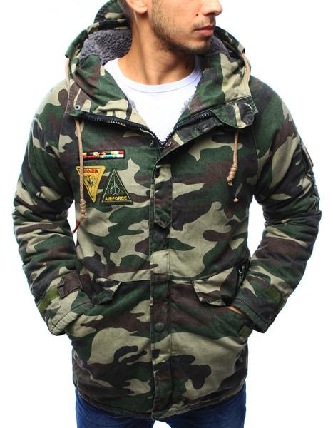 Zimná maskáčová bunda s army nášivkami