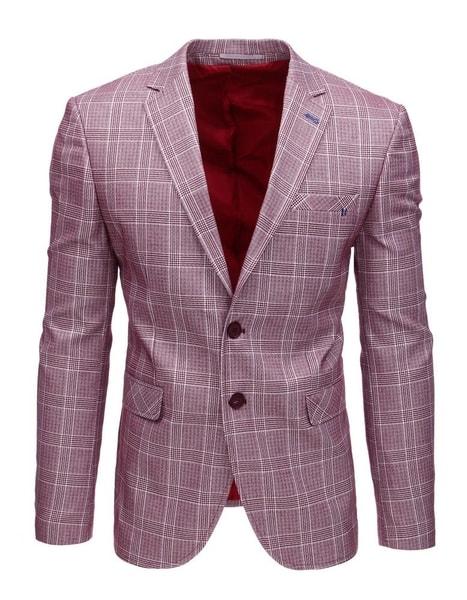 Atraktívne sako v bordovej farbe