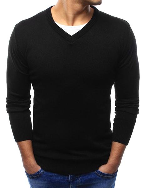 Klasický čierny sveter