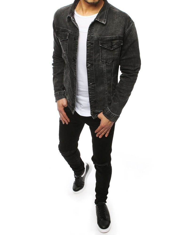 Pánsky moderný outfit v šedej rifľovej bunde a čiernych skinny džínsoch