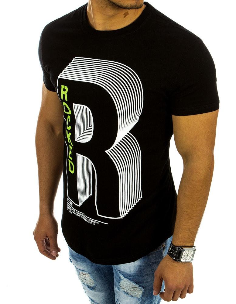 5765d4d801ad Pánske tričko v čiernej farbe s potlačou písmena - Budchlap.sk